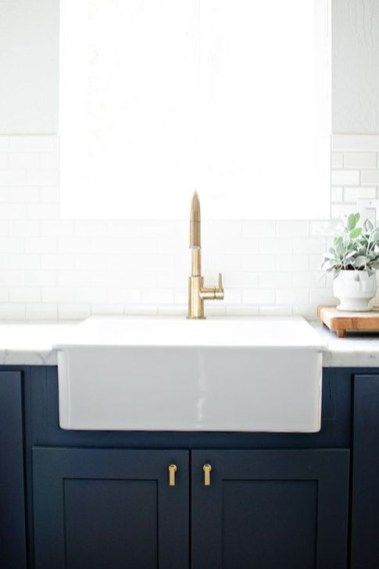 Elegant Navy Kitchen Cabinets For Decorating Your Kitchen 23