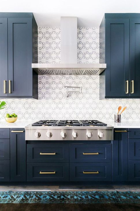 Elegant Navy Kitchen Cabinets For Decorating Your Kitchen 41