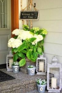 Impressive Porch Decoration Ideas For This Spring 23