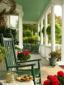 Impressive Porch Decoration Ideas For This Spring 29
