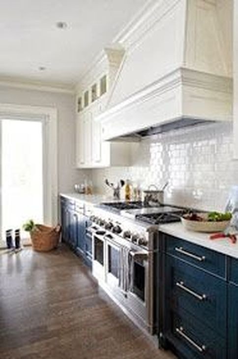 Inspiring Blue And White Kitchen Ideas To Love 18