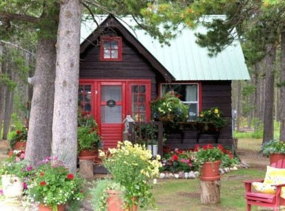 Marvelous Cottage House Exterior Design Ideas 03