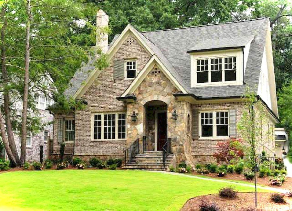 Marvelous Cottage House Exterior Design Ideas 14