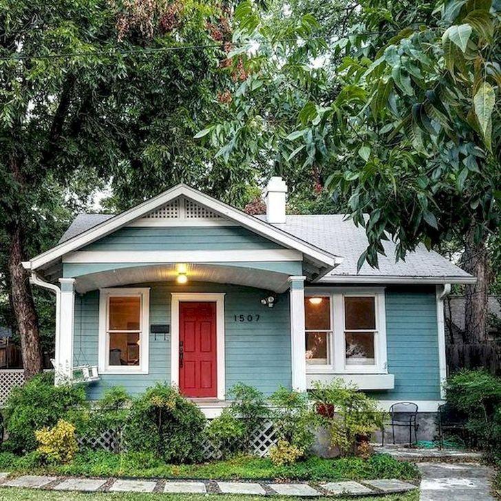 Marvelous Cottage House Exterior Design Ideas 29