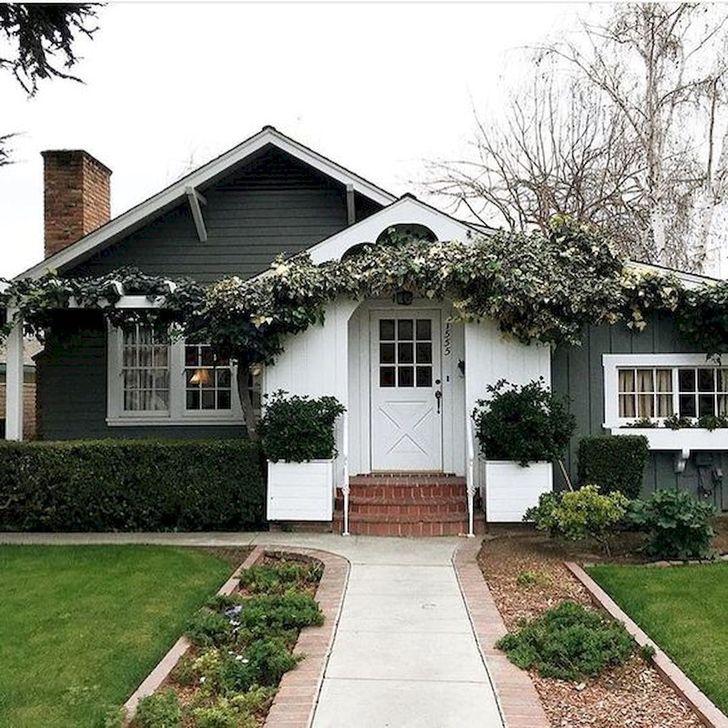 Marvelous Cottage House Exterior Design Ideas 36