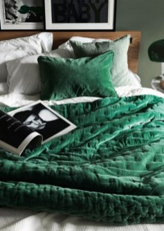 Natural Green Bedroom Design Ideas 22