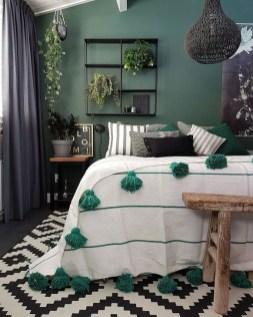Natural Green Bedroom Design Ideas 40