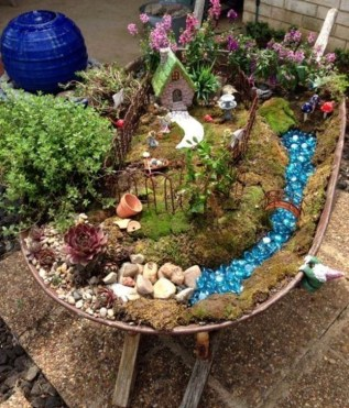 Pretty Fairy Garden Plants Ideas For Around Your Side Home 34