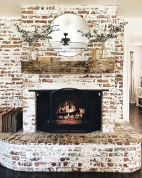 Rustic Farmhouse Fireplace Ideas For Your Living Room 11