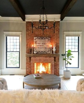 Rustic Farmhouse Fireplace Ideas For Your Living Room 15