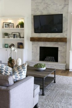 Rustic Farmhouse Fireplace Ideas For Your Living Room 17