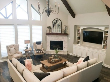 Rustic Farmhouse Fireplace Ideas For Your Living Room 24