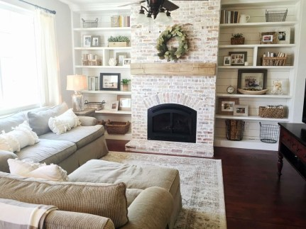 Rustic Farmhouse Fireplace Ideas For Your Living Room 31