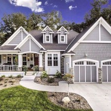 Awesome Farmhouse Home Exterior Design Ideas 48