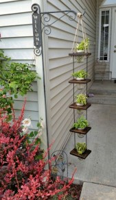 Beautiful Hanging Planter Ideas For Outdoor 01
