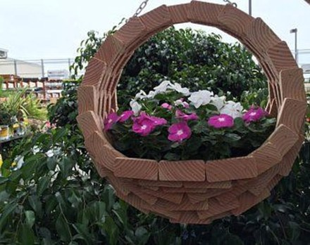 Beautiful Hanging Planter Ideas For Outdoor 06