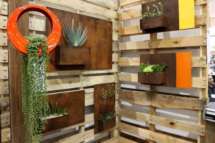 Beautiful Hanging Planter Ideas For Outdoor 07