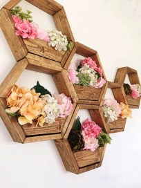 Beautiful Hanging Planter Ideas For Outdoor 21