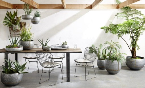 Beautiful Hanging Planter Ideas For Outdoor 42