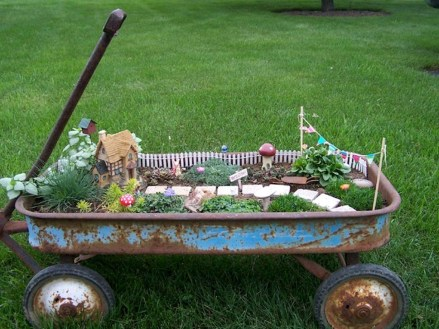 Brilliant DIY Fairy Garden Design Ideas 08