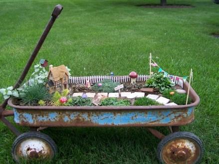 Brilliant DIY Fairy Garden Design Ideas 08