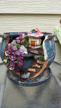 Brilliant DIY Fairy Garden Design Ideas 16