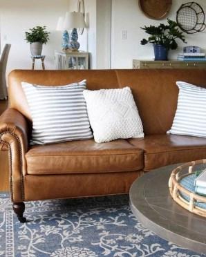 Comfy Colorful Sofa Ideas For Living Room Design 26