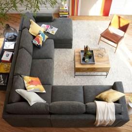 Comfy Colorful Sofa Ideas For Living Room Design 30