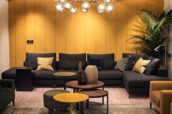 Comfy Colorful Sofa Ideas For Living Room Design 54