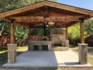 Cozy Outdoor Kitchen Design Ideas 15