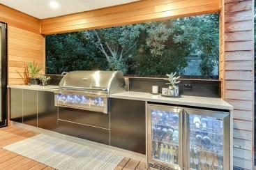 Cozy Outdoor Kitchen Design Ideas 23