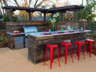 Cozy Outdoor Kitchen Design Ideas 31