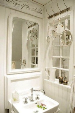 Cute Shabby Chic Bathroom Design Ideas 09