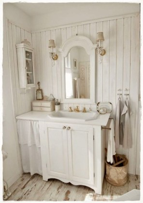 Cute Shabby Chic Bathroom Design Ideas 24