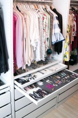 Elegant Closet Design Ideas For Your Home 33