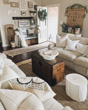 Gorgeous Farmhouse Design Ideas For Living Room 16