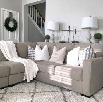 Gorgeous Farmhouse Design Ideas For Living Room 17