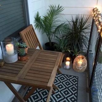 Impressive Balcony Garden Design Ideas 07