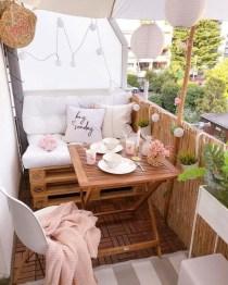 Impressive Balcony Garden Design Ideas 27