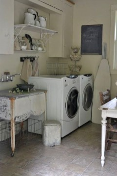 Innovative Laundry Room Design With French Country Style 28