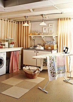 Innovative Laundry Room Design With French Country Style 34