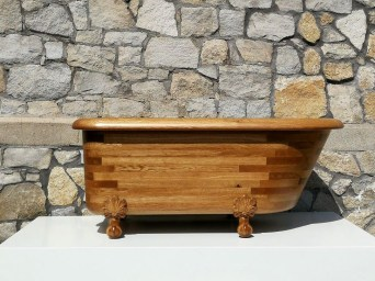 Marvelous Wooden Bathtub Design Ideas To Get Relax 03