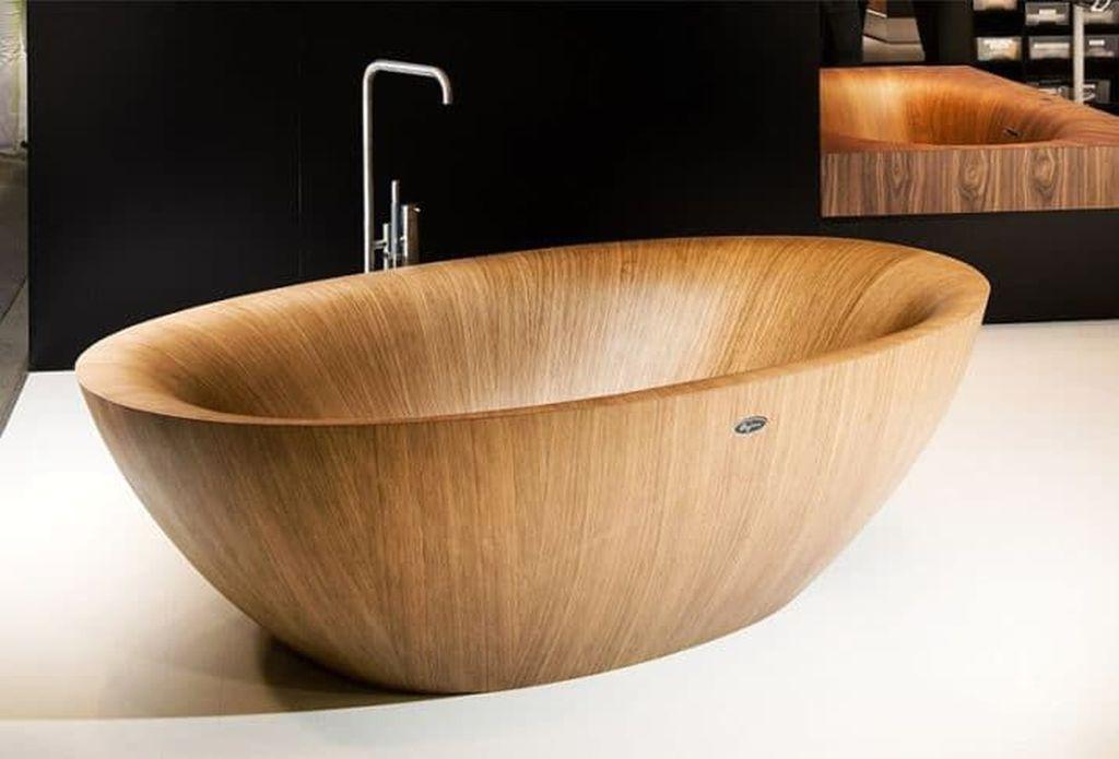 Marvelous Wooden Bathtub Design Ideas To Get Relax 29