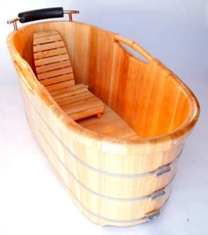 Marvelous Wooden Bathtub Design Ideas To Get Relax 39