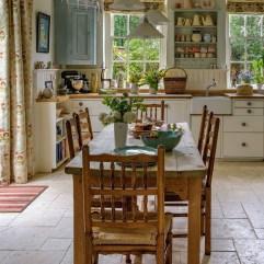 Pretty Cottage Kitchen Design And Decor Ideas 05