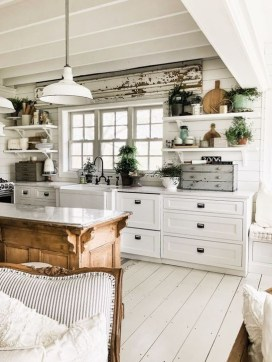 Pretty Cottage Kitchen Design And Decor Ideas 15