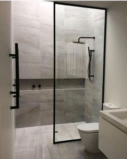 Simple Bathroom Remodeling Ideas That Will Inspire You 03