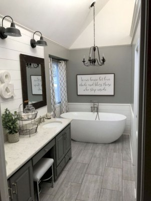 Simple Bathroom Remodeling Ideas That Will Inspire You 18