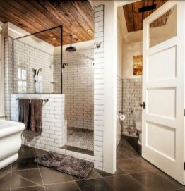 Simple Bathroom Remodeling Ideas That Will Inspire You 37