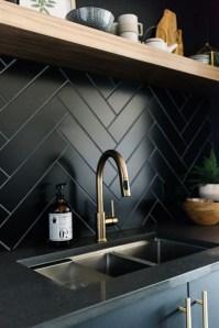 Stunning Kitchen Backsplash Design Ideas 27